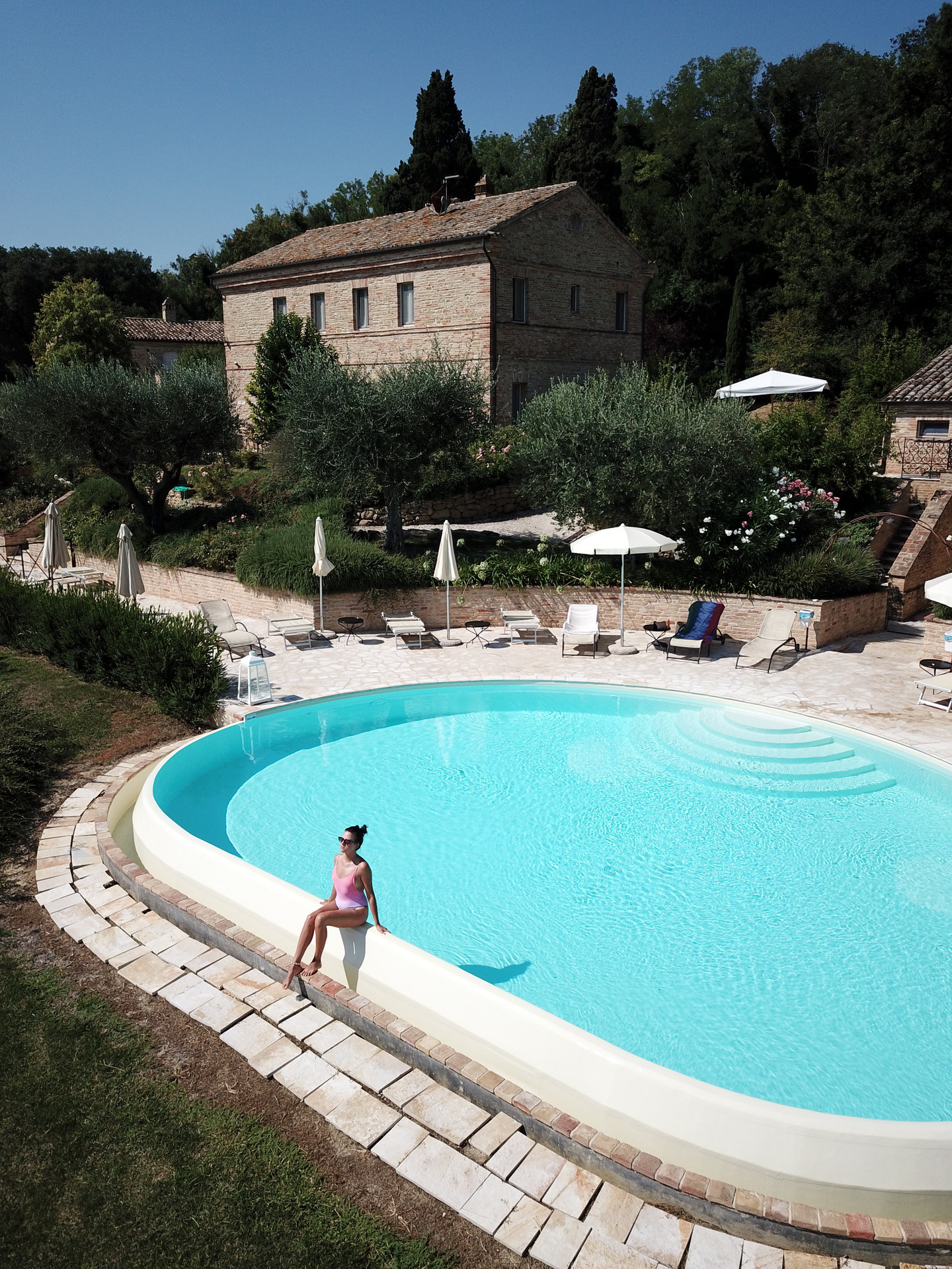 resort-piscina-02