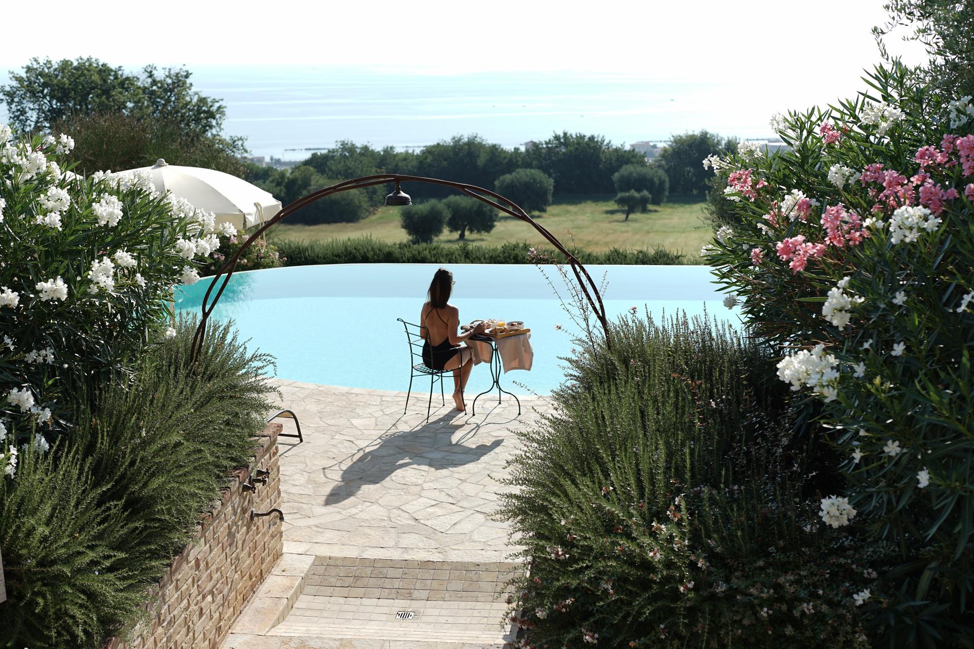 resort-piscina-11